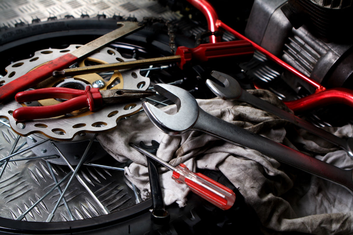 dirt_bike_tools